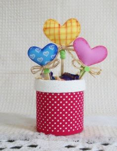 Foam Crafts, Preschool Crafts, Diy And Crafts, Aluminum Cans, Ideas Para Fiestas, Felt Fabric, Craft Tutorials, Projects To Try, Valentines