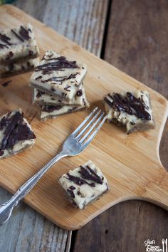 Cookiedoughcheesecakebars5