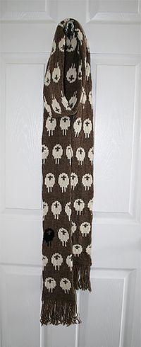 Stranded Sheep Scarf pattern by Chelsea Amanda