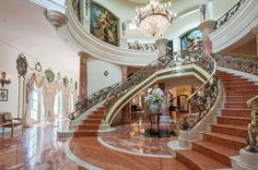 The French baroque Beverly Hills chateau is a 14,000 square feet property nestled on a 0,69 acre lot, which features a façade inspired by the famous Quattr