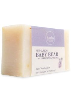 This extra gentle bar is mild enough to bathe baby from head to toe. It is made to be especially soothing to skin sensitivities including baby rashes. French Lavender and Mandarin essential oils highlight this bar. This extra gentle bar is totally free from synthetic foaming agents, e.g. SLS, che...