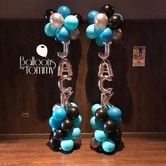 Look for the balloons! Jack's mitzvah balloon columns guide his guests to fun!⠀ ⠀ - New Deko Sites Balloon Tower, Balloon Backdrop, Balloon Centerpieces, The Balloon, Balloon Decorations, Streamers, Baby Shower Decorations, Balloon Ideas, Balloon Designs