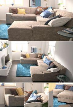 Diese riesige Sofa-Landschaft kommt wahlweise mit Naturleder-, Kunstleder-, Microfaser- oder Strukturstoff-Bezug zu euch nach Hause. Außerdem könnt ihr den bequemen Rückzugsort noch mit einer zusätzlichen Bettfunktion ausrüsten. Für den langlebig hohen Sitzkomfort sorgen eine atmungsaktive Schaumpolsterung und eine strapazierfähige Wellenunterfederung.
