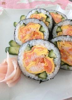 バラの花の飾り巻き寿司