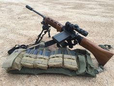 From reddit… a modernized FG42 semi-auto, rebuilt by SMG guns, takes .308 M14 mags. Very *very* cool.