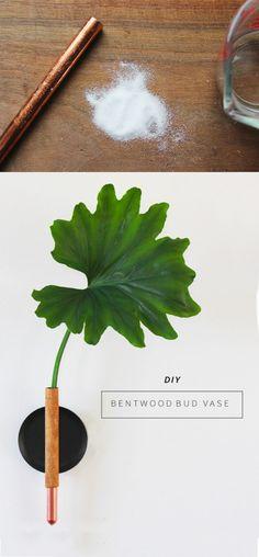 Florero con estilo minimalista - annabode.com - DIY Copper Bud Vase Bud Vases, Diy Christmas Gifts, Incense, Diy Gifts, Diy Wedding, Herbs, Crafts, Repurposing, Diy Ideas