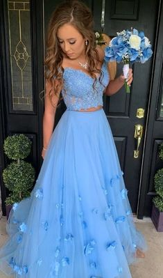 May 2020 - Blue Two Piece Prom Dress Lace Bodice Flowers V Neck Tulle Formal Evening Dresses Long Party Gowns Baby Blue Prom Dresses, Prom Dresses Two Piece, Pretty Prom Dresses, Quince Dresses, Prom Dresses Blue, Formal Evening Dresses, Two Piece Quinceanera Dresses, Sweet 16 Dresses Blue, Prom Dresses Flowers
