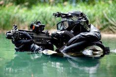 O Grupamento de Mergulhadores de Combate (GRUMEC é uma unidade de Forças Especiais da Marinha do Brasil. Com doutrina semelhante a do US Navy Seals e a do Special Boats Service britânico, a sua função é a de se infiltrar, sem ser percebida, em áreas litorâneas e ribeirinhas, e executar tarefas como reconhecimento, sabotagem e destruição de alvos de valor estratégico.