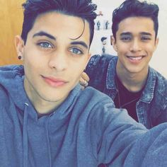 CNCO: Erick and Joel(the dude in the backround) ❤✨ Between Two Worlds, 23 November, I Love You Forever, Boyfriend Goals, I Love One Direction, Celebrity Crush, Future Husband, Cute Boys, Boy Bands