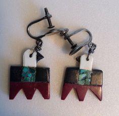 Vintage Southwestern Thunderbird Souvenir Earrings Plastic Turquoise Chip Inlay…