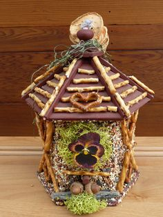 Edible Birdhouses in Different Styles Log Cabins by colleenpace, $60.00