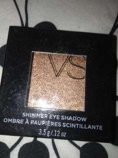 """NEW! RETIRED VS Victoria Secret Shimmer Eye Shadow """"One and Only"""""""