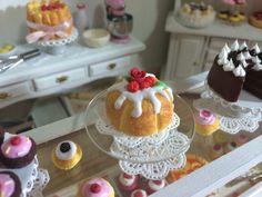 Bundt cake in  miniature by SweetMiniaturesShop on Etsy