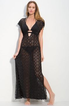 vestido negro para playa