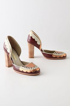 dollops & rays pumps. anthropologie. copper, stacked heel, burgundy