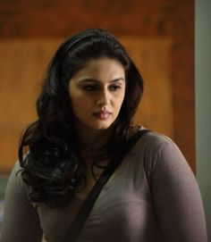Most Beautiful Indian Actress, Beautiful Actresses, Indian Film Actress, Indian Actresses, Beautiful Long Hair, Beautiful Women, Huma Qureshi Hot, India Beauty, Actress Photos