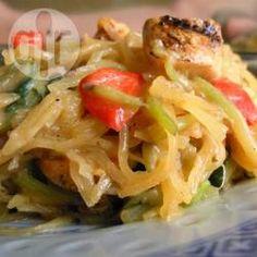 Spaghettikürbis Pad Thai - Pad Thai in einer low-carb Variante mit Spaghettikürbis. @ de.allrecipes.com