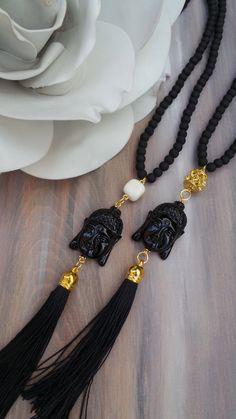 Largo perlas borla collar de Buda. Collar de Buda con borla.