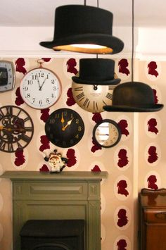 Don't be late for a drink at The Cross Keys, Nottingham. Experience the magic of the Alice in Wonderland room, upstairs.