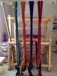 Colorful wool warp beamed using warping trapeze. I have always heard these called 'warping valets'. Weaving Textiles, Weaving Patterns, Tapestry Weaving, Loom Yarn, Loom Weaving, Hand Weaving, Weaving Tools, Weaving Projects, Lucet