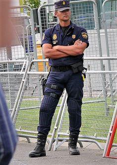 Hunks in uniform Police Cops, Police Uniforms, Police Officer, Cop Uniform, Men In Uniform, Sexy Military Men, Hot Cops, Thin Blue Lines, Cute Guys