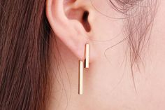 Maddy Simple Minimalist T Bar Earring Ear Jacket Piercing - Gold Silver Rose Gold – MyBodiArt Ear Jewelry, Crystal Jewelry, Crystal Earrings, Gemstone Jewelry, Silver Jewelry, Fine Jewelry, Silver Earrings, Jewellery, Bar Ear Piercing