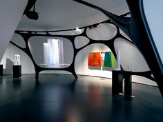 Заха Хадид в The Mobile Art Pavilion — Zaha Hadid Parametric Architecture, Space Architecture, Contemporary Architecture, Parametric Design, Architectes Zaha Hadid, Zaha Hadid Architects, Interactive Exhibition, Exhibition Space, Exhibition Display