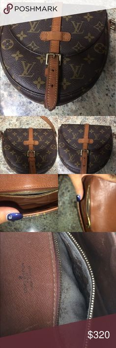 Chantilly PM Authentic Louis Vuitton. This beautiful vintage cross body or shoulder bag it is I really good condition. There is some peeling inside the pocket. The canvas has no wrinkles not statins. Date code VI882. Accepting reasonable offers Louis Vuitton Bags Crossbody Bags