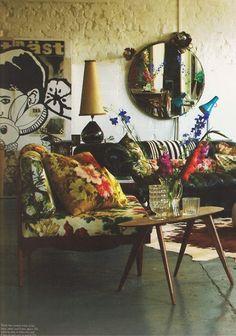 Love this living space. Very vintage/boho/mid-century via:Moon to Moon: interior