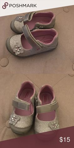 Toddler Shoes EUC! Silver shoes with silver flower on one side. Shoes Dress Shoes