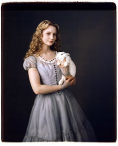Alice In Wonderland - Tim Burton - 'and who is this lovely creature?'