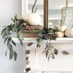 [orginial_title] – Hello Lovely Interior Design & Decorating Ideas 7 DIY Simple Fall Crafts + 5 Pumpkin Recipes to Try! Autumn decor and Fall DIY craft ideas including wreaths with acorns and twigs are in the mix on Hello Lovely Studio! Fall Mantle Decor, Fall Home Decor, Autumn Home, Diy Home Decor, Autumn Mantel, Fall Mantels, Thanksgiving Decorations, Seasonal Decor, Diy Thanksgiving