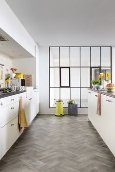 Avenue Floors - Kitchen.  Ultimate Style BILBAO. A great looking kitchen floor doesn't need to be expensive.