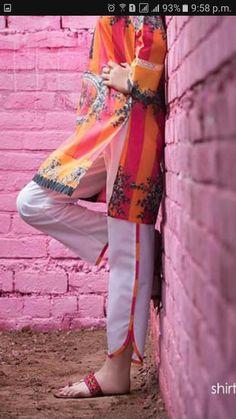 Stylish Dress Book, Stylish Dresses For Girls, Fancy Dress Design, Stylish Dress Designs, Frock Design, Simple Pakistani Dresses, Pakistani Dress Design, Pakistani Fashion Party Wear, Indian Fashion