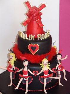 Moulin Rouge cake but without the creepy dolls...lol