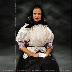 Budca Turova , Slovakia Folk Costume, Costumes, Folk Embroidery, Eastern Europe, Folklore, Pagan, Pride, German, Polish