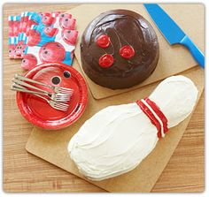 Bowling cakes (with instructions)