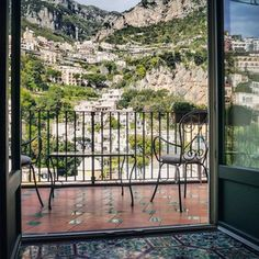 Because waking up with this view is life-altering. | 31 Reasons Visiting The Amalfi Coast Ruins You For Life