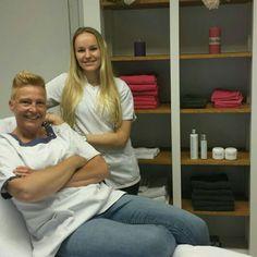 Jo (links) en Manouk Jo's Feet and Skincare Leerdam