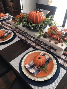 Fall Home Decor, Autumn Home, Thanksgiving Decorations, Seasonal Decor, Fall Decorations, Thanksgiving Table, Casa Halloween, Rustic Halloween, Fall Table Centerpieces