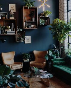 Alchemist a Nashville salon Dark Living Rooms, Living Room Green, Green Rooms, New Living Room, Living Room Sofa, Home And Living, Blue And Brown Living Room, Living Room Colors, Style Deco