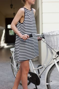 BLACK & WHITE STRIPE MINI DRESS | Summer essentials @ theodderside.com