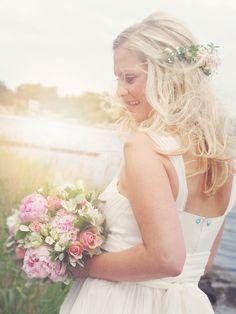 #Wedding <3 #Bride    SiljeSkylstad | Portfolio    www.siljeskylstad.com Weddings, Bride, Wedding Dresses, Photos, Fashion, Wedding Bride, Bride Dresses, Moda, Bridal Gowns