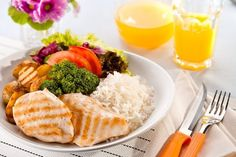 Dieta equilibrada para emagrecer rápido veja aqui o cardápio. A dieta deve ser restrita somente aos alimentos da lista, observando a quantidade indicada.