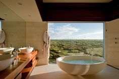 Osprey Pavillion Bath with a view at Southern Ocean Lodge on Kangaroo Island, Australia