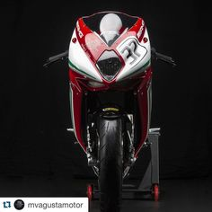 #Repost @mvagustamotor with @repostapp.  Here she comes #F3RC #mvagusta #mvagustamotor #mvroom #mvagustarepartocorse #repartocorse (infos: follow link in bio)