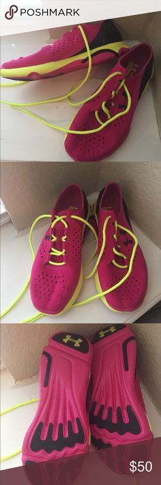 🙋🏻❤Price Drop🎉🤗👠👠Bright Sneakers Under Armor Bright Colored Sneakers in Excellent condition!! Under Armour Shoes Athletic Shoes