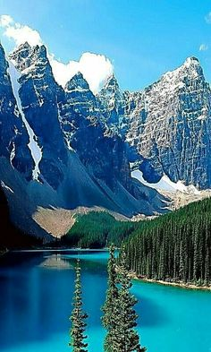 Banff National Park ~ is easily one of the most beautiful places to travel to in the world, Alberta, Canada. Beautiful Places To Travel, Beautiful World, Banff National Park, National Parks, Landscape Photography, Nature Photography, Landscape Pics, Photos Voyages, Seen