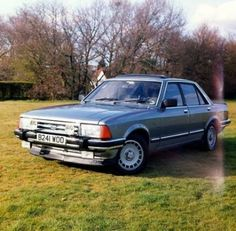 Dads first Company car when the company was his! Ford Granada Ghia X - this was 'eckin' lovely - except for the electrics - don't try adjusting the seat and opening the sunroof at the same time! My Dream Car, Dream Cars, Cool Trucks, Cool Cars, Volkswagen Golf Mk2, Ford Granada, Classic Race Cars, Pretty Cars, Ford Capri