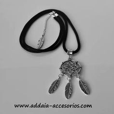 #collarlargo con #atrapasueños de #zamak y cordón de #titanio #negro www.addaia-accesorios.com #bisuteria #artesana #vegana y #personalizable #bisuteriaartesanal #bisuteriapersonalizada #hechoamano #handmade #vegan #collar #necklace #collares #necklaces #collareslargos #dreamcatcher #dreamcatchers #titanium #black #hippie #hippy #hippystyle #boho #bohostyle